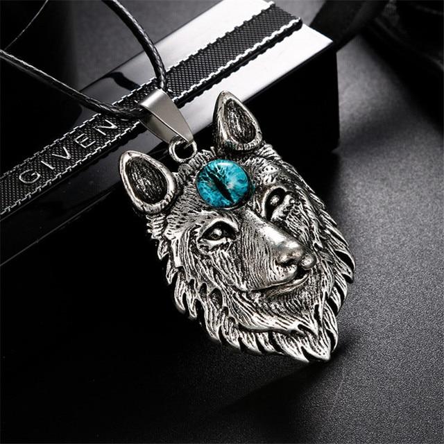 Collier œil de loup 1