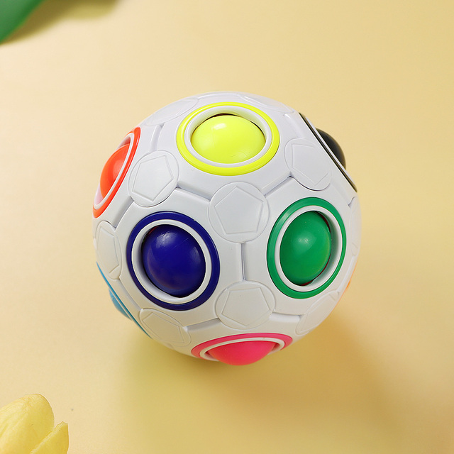 Rainbow Spherical Football Ball Pouch Magic Fidget Ball Color-Matching Puzzle Game Fidget Toys 2