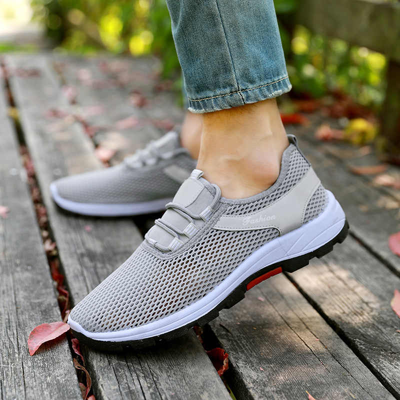 Oeak 2019 yaz nefes örgü içi boş erkek spor ayakkabı rahat kaymaz erkekler ve kadınlar çocuk emekleme ayakkabı Chaussures