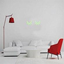 купить 3D Eyelash Glow In The Dark Luminous On Wall Stickers For Kids Room Living Room Wall Decal Home Decoration Poster Art Decals по цене 117.24 рублей