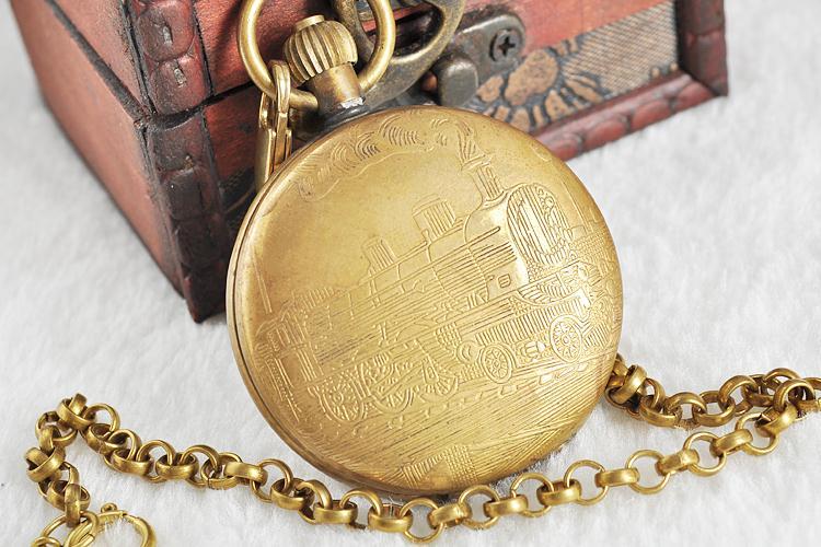 Unisex-Golden-Vintage-Retro-Watch-Men-Alloy-Mechanical-Pocket-Watch-With-Metal-Chain-Steampunk-Watch-Roman (4)