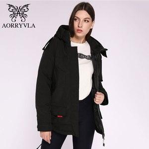 Image 5 - AORRYVLA 2020 yeni bayan kış ceket kapşonlu rüzgar geçirmez askeri ceket büyük cep kadın kış giyim rahat sıcak kadın Parkas