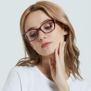 Image 4 - LuckTime موضة صغيرة الماس نظارات إطار الرجعية مربع امرأة قصر النظر نظارات إطار محظوظ الوقت وصفة طبية إطارات النظارات 1795