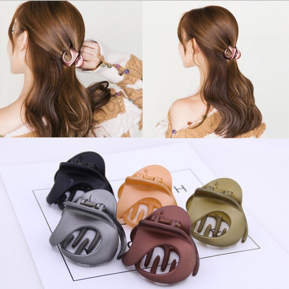Fashion Women Crab Hair Claw Clip Girls Black Plastic Female Mini Hairpin Claws Hair Clip Clamp For Women Girls Gifts