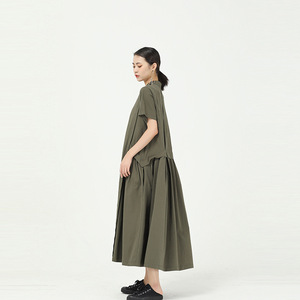 [EAM] Women Green Pleated Split Long Shirt Dress New Stand Collar Short Sleeve Loose Fit Fashion Tide Spring Summer 2020 1W091