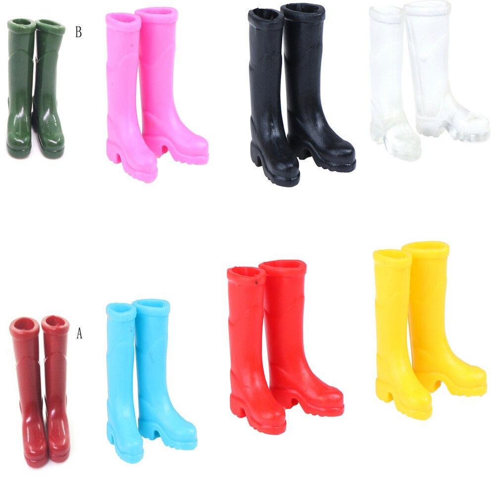 1 Pairs Rubber Rain Boots Home Garden Yard Decoration 1/12 Scale Dollhouse Miniature Multi-colored