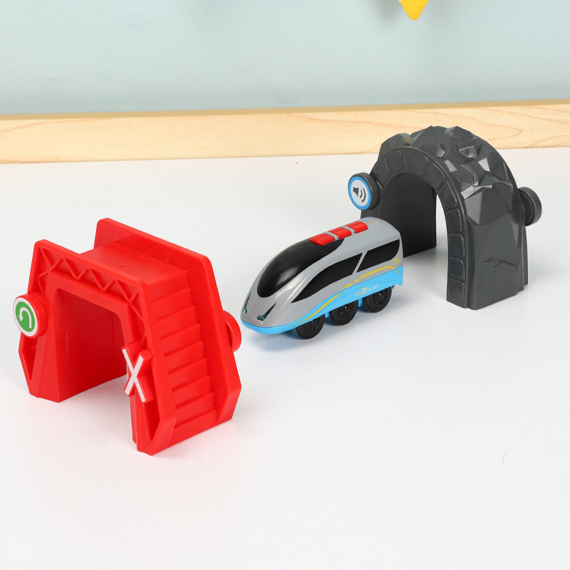 Wireless Induction Sounding Electric Car Magnetic Link Small Train Crossing The Cave Compatible With BRIO Wooden Track Toy