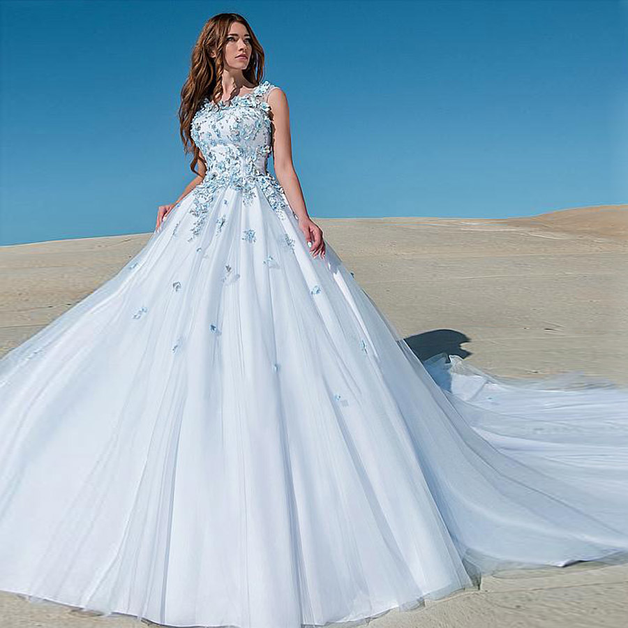 O-neck Handmade Flower Blue Ball Gown Wedding Dress With Chapel Train 3D-flowers Button Bridal Dress Vestido De Noiva