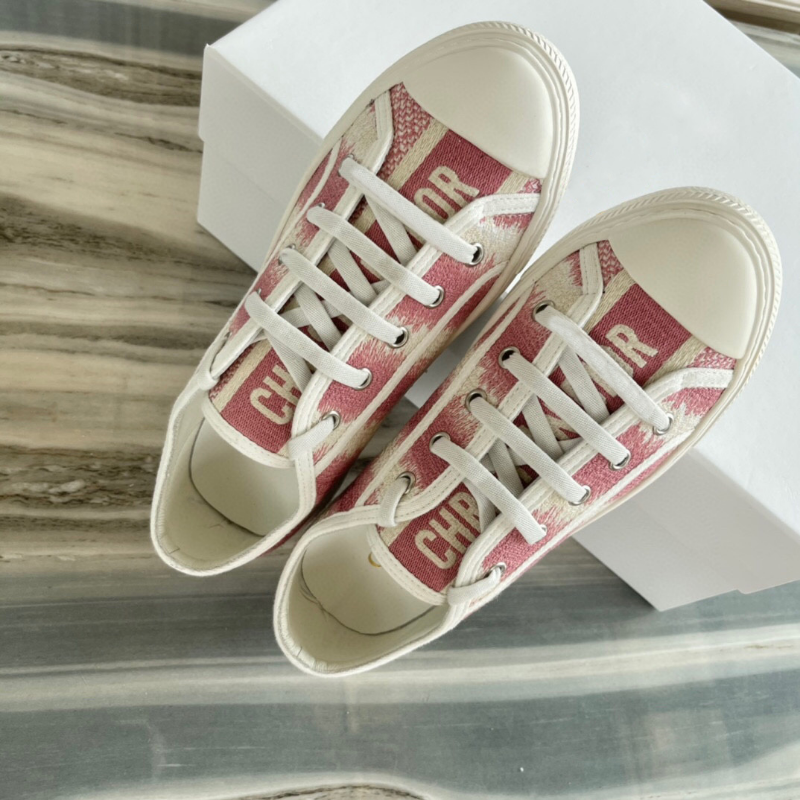 Women's Fashion Embroidered Flat Shoes Sneakers Luxury Brand Canvas Casual Shoes Ladies Designer Lace Up Cowhide Lining Sneakers