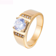 купить Engagement Titanium Steel Gold Color Lover Ring Crystal Fashion Gifts Wedd Jewelry Wedding Rings For Women And Men Party Gifts по цене 956.13 рублей