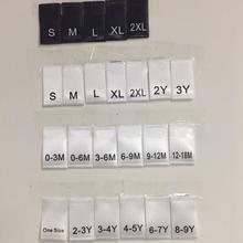 100 шт., один размер, 0-3 м, 3-6 м, 6-9 м, 9-12 м, 12-18 м, Мягкая Белая сатиновая ткань с принтом, размер этикетки для детей