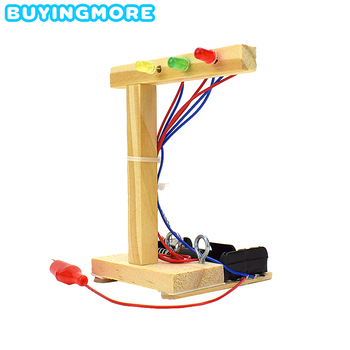 Zestaw modeli do składania świateł drogowych DIY zabawki edukacyjne dla dzieci odkrywanie nauki eksperyment dla dzieci montaż ręczny fizyka prezenty z zabawkami tanie i dobre opinie BUYINGMORE CN (pochodzenie) WOOD Inedible Keep Away From Fire 1 10 Sport 6 lat BM-SY-HLD Unisex DIY Traffic Light Child Experiment Science Handmade Assembly Model Kits