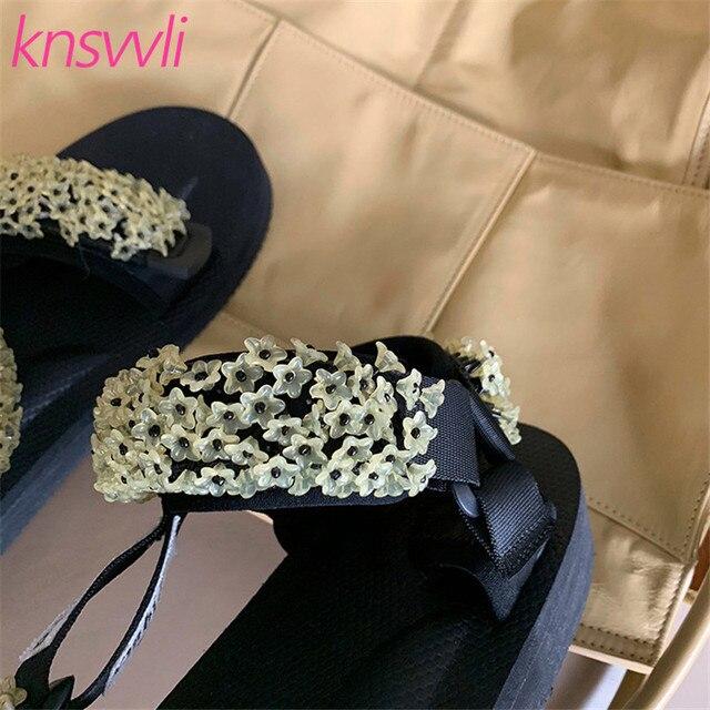 زهرة سلسلة حبة صنادل أرضية هوك النساء اللمحة تو أحذية الشاطئ شقة عادية السيدات الترتر سميكة وحيد الراحة صناديل للنساء