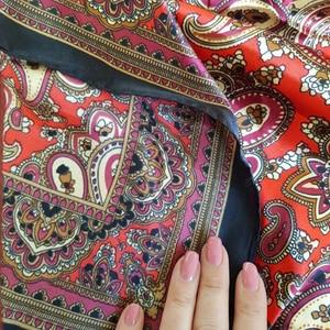 Image 5 - Schal Seide Satin Bandana Frauen Sommer Quadrat Kleine Tasche Wrap Böhmischen Retro Paisley Damen Schals Indische Muslim Islamischen Kopftuch