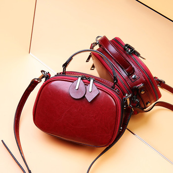 Elegant luxury Oil wax real leather handbags summer crossbody bags for women 2019 small ladies new shoulder bag fashion famous