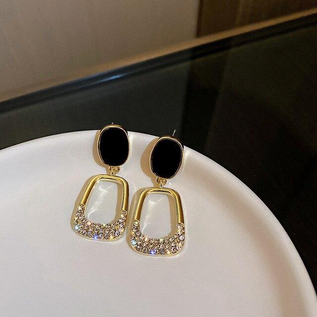 2021 Resplendent Square Earrings Advanced Fashion Euro American Pure Simple Earrings Queen's Temperament Earrings 4