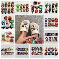 6-24 pièces/lot Avengers Mickey PVC chaussure breloques chaussures boucles accessoires décoration de noël bandes ajustées Bracelet Croc JIBZ cadeau de noël