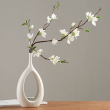 2020 New Style Ceramic Home Craft Ornaments White Ceramic Vase Small Flower TV Cabinet Wine Cabinet Decorations Vases недорого