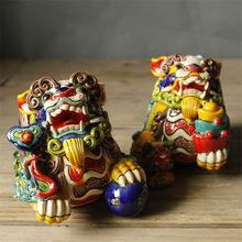 2 Stks/set Chinese Kleuren Kirin Lion Art Sculptuur Keramische Lucky Goddelijke Beest Beeldjes Standbeeld Feng Shui Woondecoratie R4187