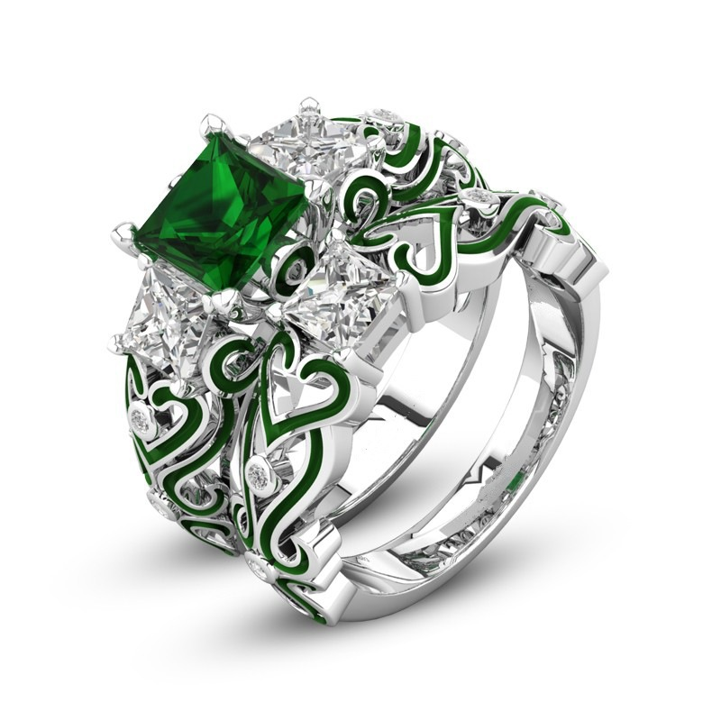 The Emerald Green Crystal Zirconium Ring Is An Engagement Gift For Fashion Women's Zirconium Rings For Wedding Jewelry.