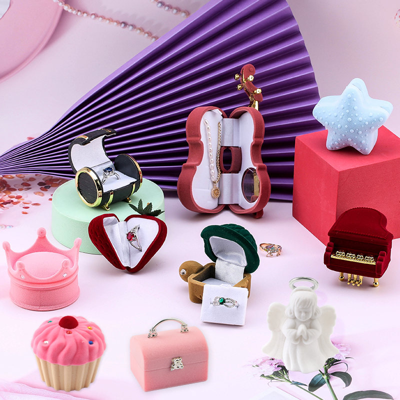 One Piece Velvet Jewelry Box Gift Box Container Wedding Ring Box Ring Case Earrings Holder For Jewelry Display& Jewelry Package 1