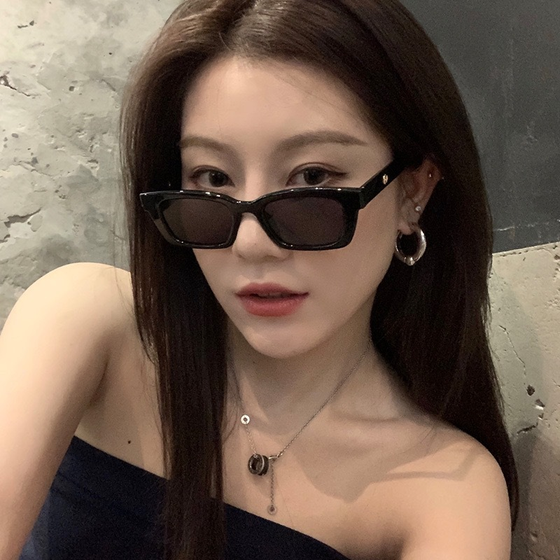2021 New Women Rectangle Vintage Sunglasses Brand Designer Retro Points Sun Glasses Female Lady Eyeglass Cat Eye Driver Goggles 5