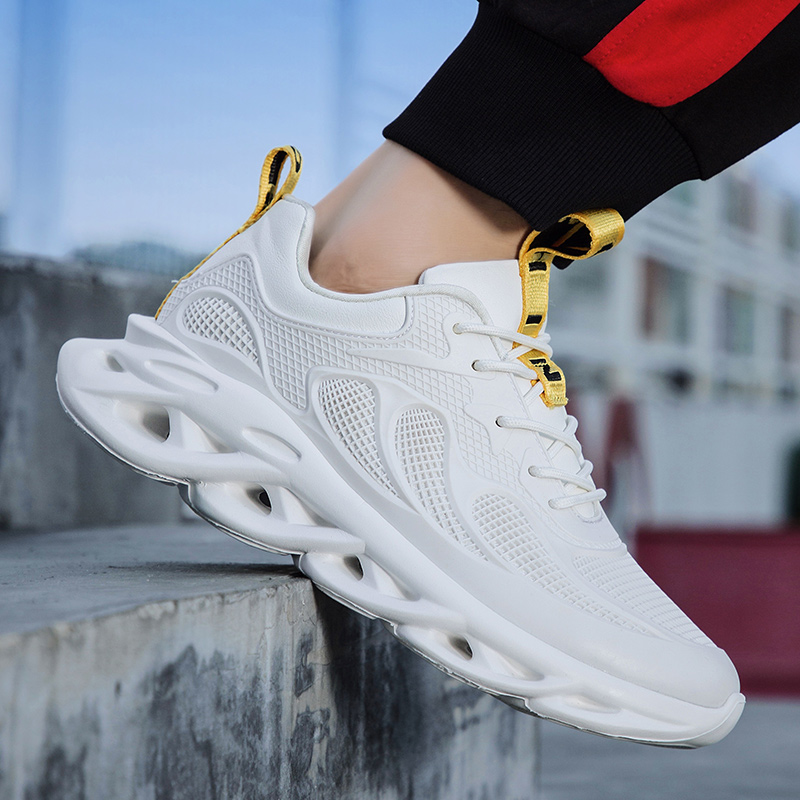 Fashion Men Sneakers Casual Men Jogging Shoes Luminous Shoes New Men's Sport Shoes Men Light Breathable Running Shoes Hot Sale
