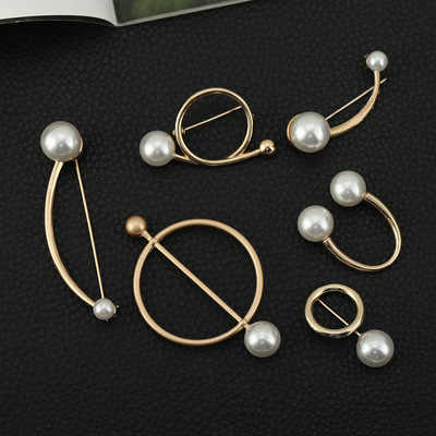 1PC Korean New Pearl Brooch Women's Open Shirt Pearl Brooch Fashion Ladies Round Pin Badge Sweater Coat Jewelry Brooches Girl