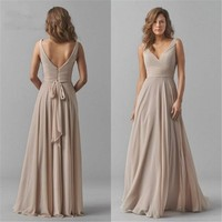 Vintage Chiffon Bridesmaid Dresses V Neck Wedding Party Dress Pleat Sleeveless Maid of Honor Gowns for women