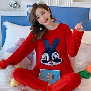 Image 5 - Coréen flanelle Pyjamas chauds pour les femmes à manches longues maison costume vêtements de nuit femmes dessin animé velours pyjama ensemble épais Feminino Pyjamas