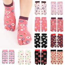 Iki parmak çorap baskı sevimli japon tarzı Unisex pamuk ayak çorap ayak çantası kısa pamuklu musluklar Samurai bölünmüş ayak çorap 1 çift
