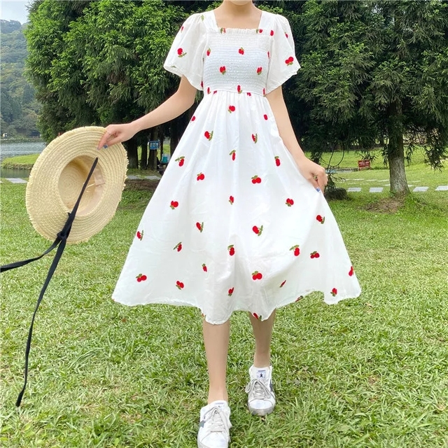 Strawberry Dress Kawaii Embroidery Puff Sleeve Dress Women Vintage A-line White Square Neck Beach Dresses 2021 Korean Clothes 3