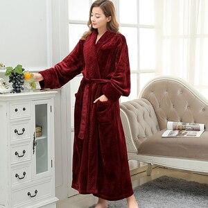 Image 1 - Халат женский фланелевый, очень длинный мягкий и Шелковый банный халат, теплый Свадебный халат для невесты, кимоно, халат для подружки невесты