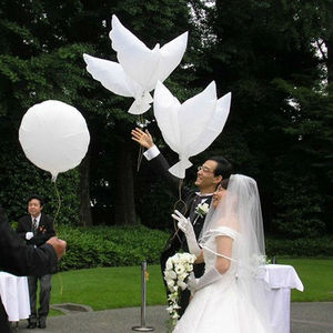 10Pcs Flying White Dove Balloons Wedding Party Decoration Dove Balloons Peace Bird Ball Pigeons Foil Balloons(China)