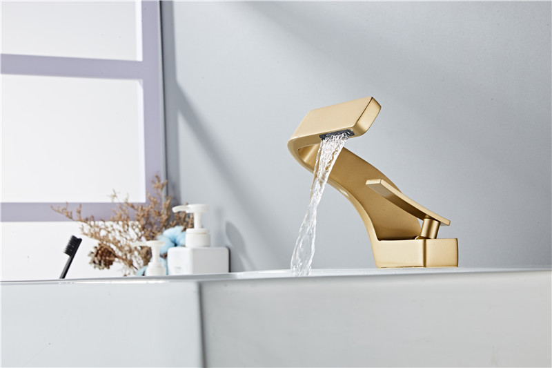 Hba281f7daf66403e8217b3db00fdbb67m Tuqiu Basin Faucet Modern Black Bathroom Mixer Tap Brushed Gold/Nickel/Chrome Wash basin Faucet Hot and Cold Sink Faucet New