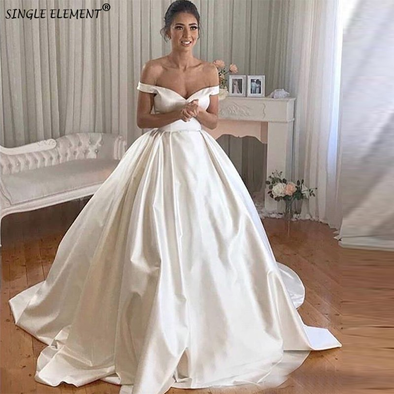 Vintage Off The Shoulder Chapel Train Custom Made White Ivory Ball Gown Satin Wedding Dresses