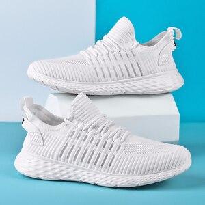 Image 2 - Zapatillas de deporte blancas para Hombre, zapatos informales ligeros, planos, transpirables, cómodos, 39 47