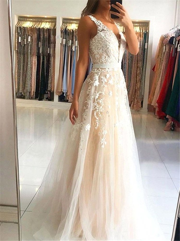 Champagne Sexy Deep V Neck 3D Foral Applique A Line   Prom     Dresses   2020 Backless Floor Length Lace Formal Evening Party Gowns