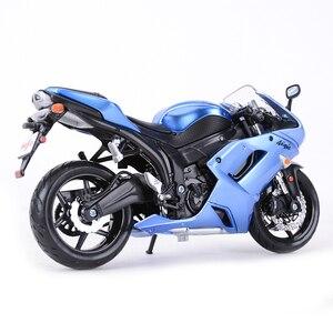 Image 3 - Maisto 1:12 Kawasaki Ninja ZX 6R Blauw Gegoten Voertuigen Collectible Hobby Motorfiets Model Speelgoed