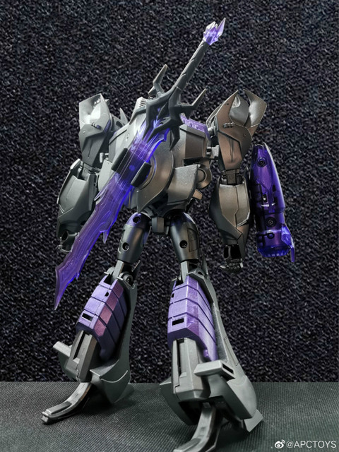 Transformers Toys TFP Leadership Certificate V Megatron 20cm Model Figure Children's Birthday Gifts Collection Model 2