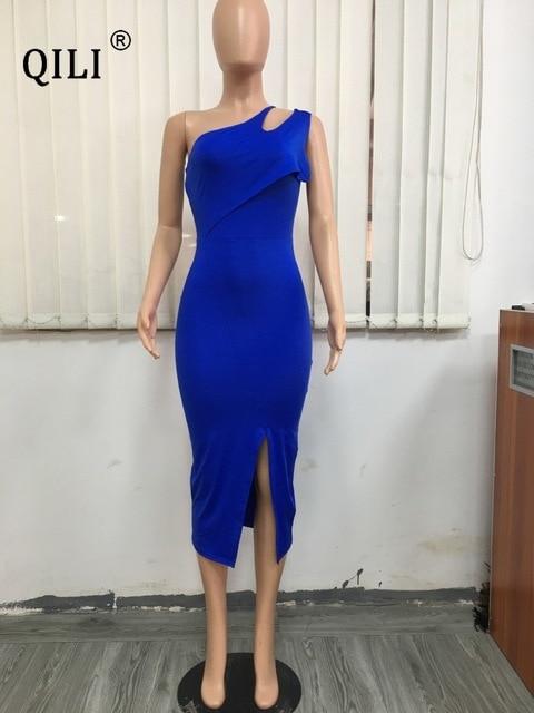 Фото qili летнее платье на одно плечо белые черные синие облегающие цена