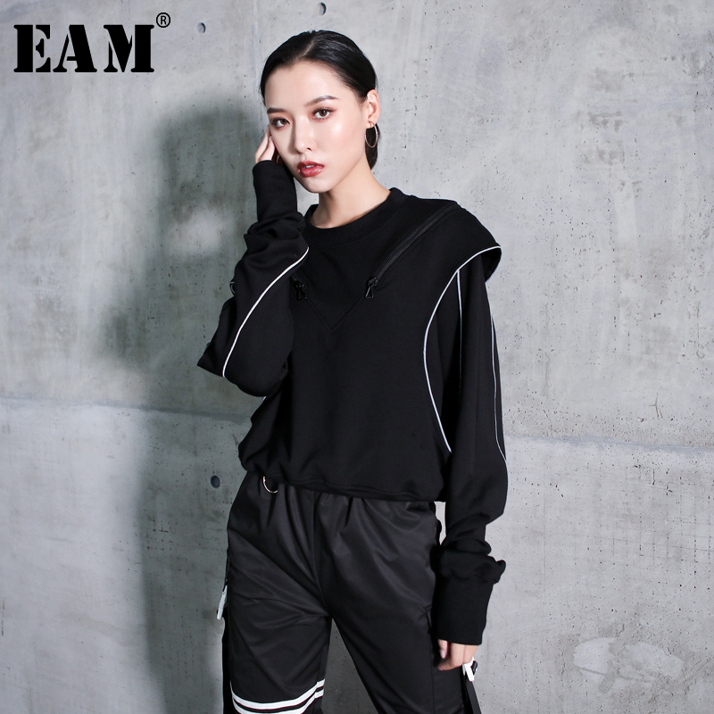 [EAM] Loose Fit Black Line Split Joint Sweatshirt New Round Neck Long Sleeve Women Big Size Fashion Spring Autumn 2020 1K693