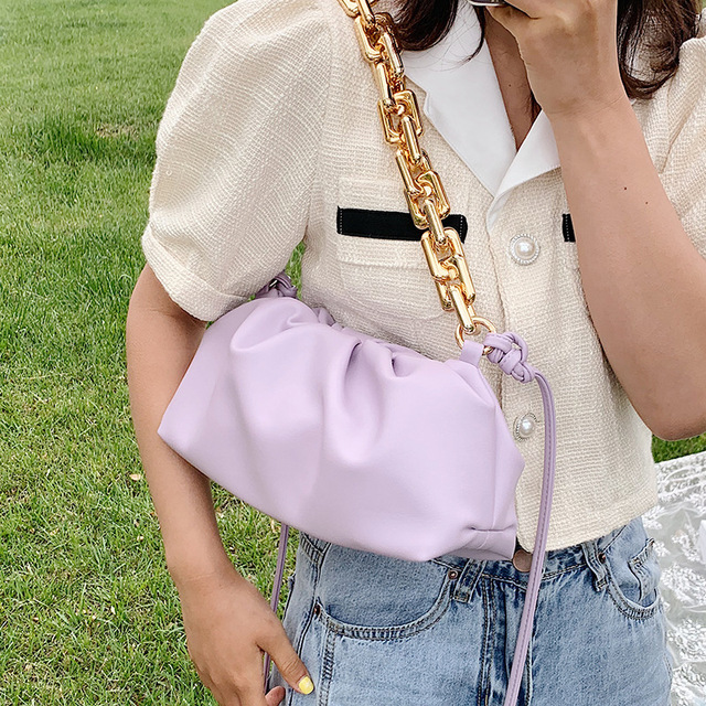 Luxury Thick Gold Chains Cloud Bags for Women 2021 Fashion Soft Leather Women's Designer Handbags Trend Crossbody Shoulder Bag 3
