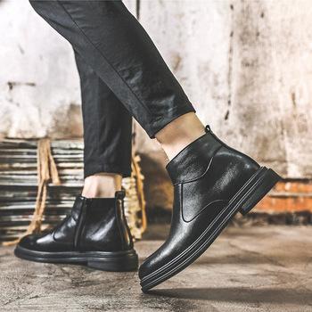 Nowe zimowe buty męskie Martin brytyjskie buty 2020 Chelsea boots buty męskie moda wysokie do wypoczynku tanie i dobre opinie NoEnName_Null Podstawowe Połowy łydki Stałe Szpiczasty nosek RUBBER Niska (1 cm-3 cm) Young (18 to 40 years old) 5017