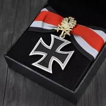 Medalla con cruz de hierro con hoja de roble de diamante, calidad superior, con certificado y caja, 1813, 1939