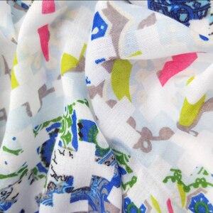 Image 2 - Женские хлопковые длинные шарфы с кисточками, весенние женские мягкие шали из полиэстера, женские накидки в этническом стиле, Осенние мусульманские хиджабы шарфы