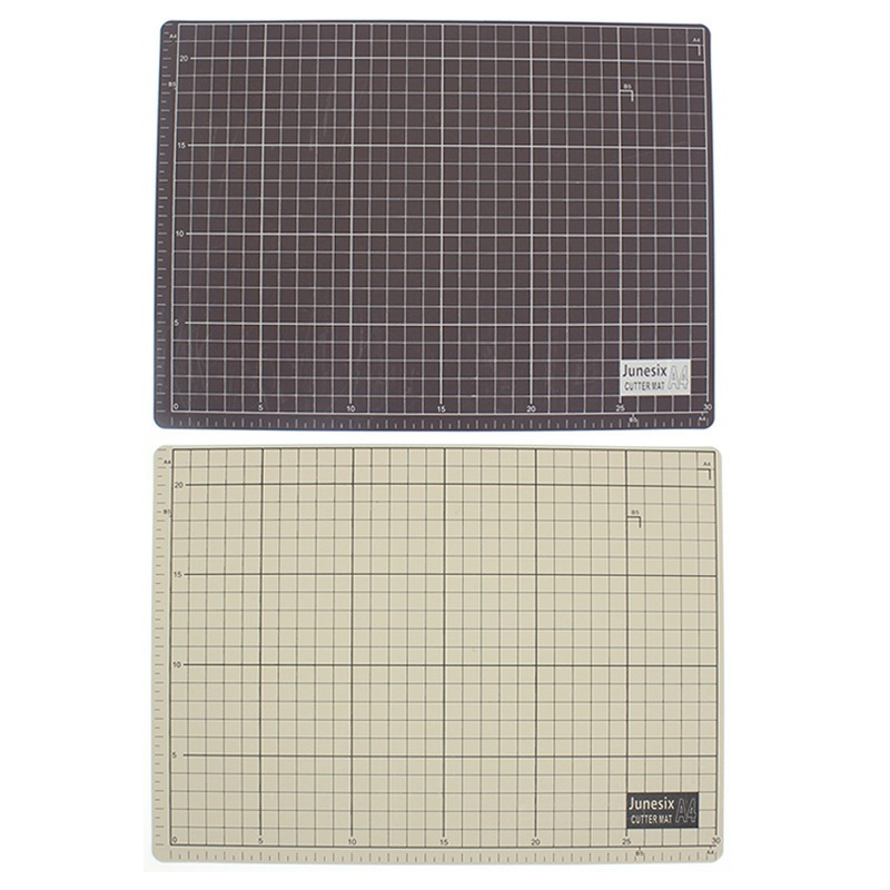 A4 Double-sided Grid Cutting Mats Plate Engraving Model Mediated Knife Scale Cut Cardboard School Office Supply Sculpting Tool
