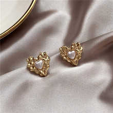 2020 New Arrival Fashion S925 Silver Plated Stud Retro Baroque Metal Pearl Simple Love Earrings for Women Accessories Jewelry 2020 new arrival fashion cool s925 silver plated stud metal style c shaped earring for women accessories jewelry