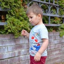 Футболка для мальчиков, новая стильная Весенняя футболка с короткими рукавами для мальчиков, Детская футболка с круглым воротником в западном стиле для 1-8 лет