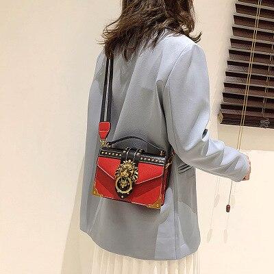 Ladies Fashion Handbags Popular Girls Messenger Bags Handbags Women Lion Head Shoulder Wallet Mini Square Messenger Bags